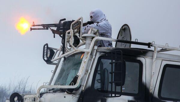 Учения Печенгской бригады Северного флота на арктических вездеходах Алеут - Sputnik Тоҷикистон
