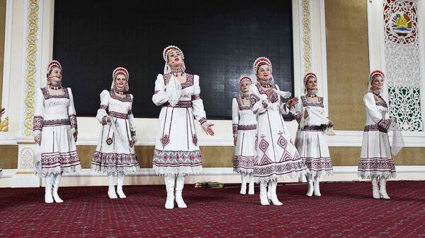 Ансамбль народного танца Воронежские девчата - Sputnik Таджикистан