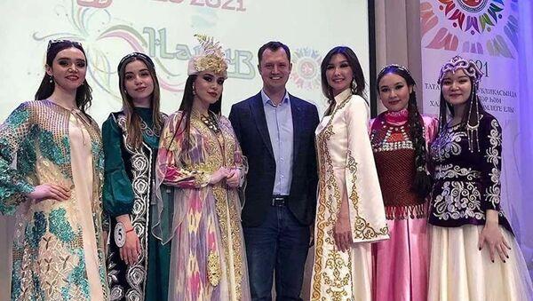Кыргызстанка стала призером конкурса Красавица Нооруза — 2021 в Казани - Sputnik Тоҷикистон