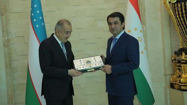 Мэр Ташкента Джахонгир Ортиходжаев прибыл с рабочим визитом в Душанбе - Sputnik Таджикистан