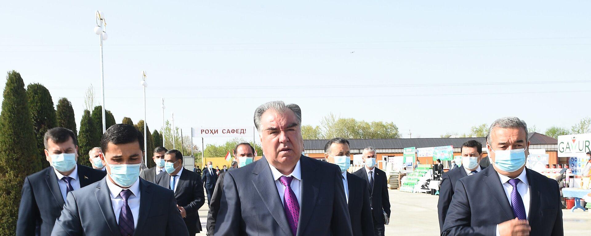Президент Республики Таджикистан Эмомали Рахмон - Sputnik Таджикистан, 1920, 25.03.2021