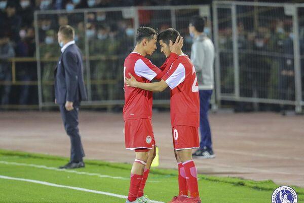 Отношения между членами команды по-настоящему братские - Sputnik Таджикистан