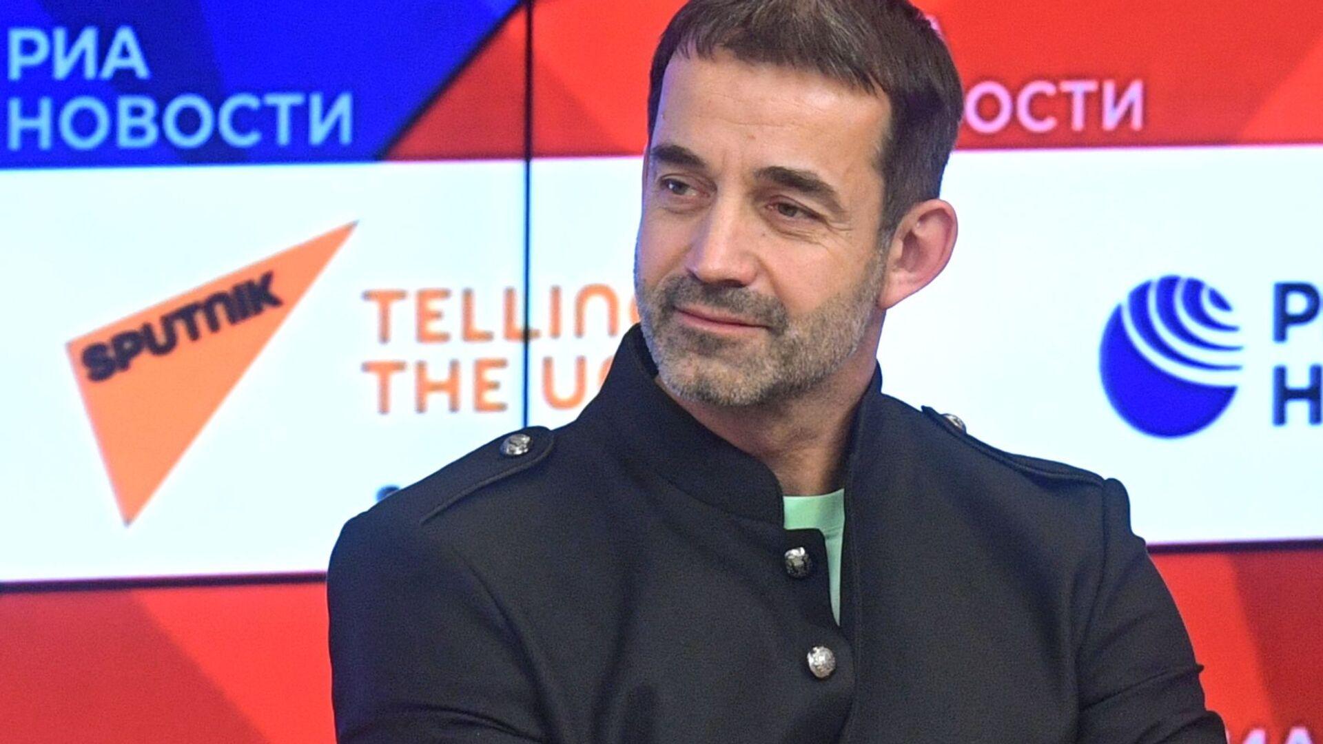 Актер Дмитрий Певцов - Sputnik Таджикистан, 1920, 02.04.2021