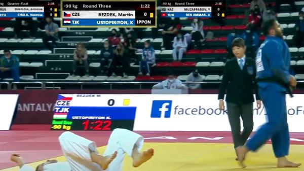 Дзюдоист Комроншох Устопириен победил чешского спортсмена Мартина Бездека - Sputnik Таджикистан