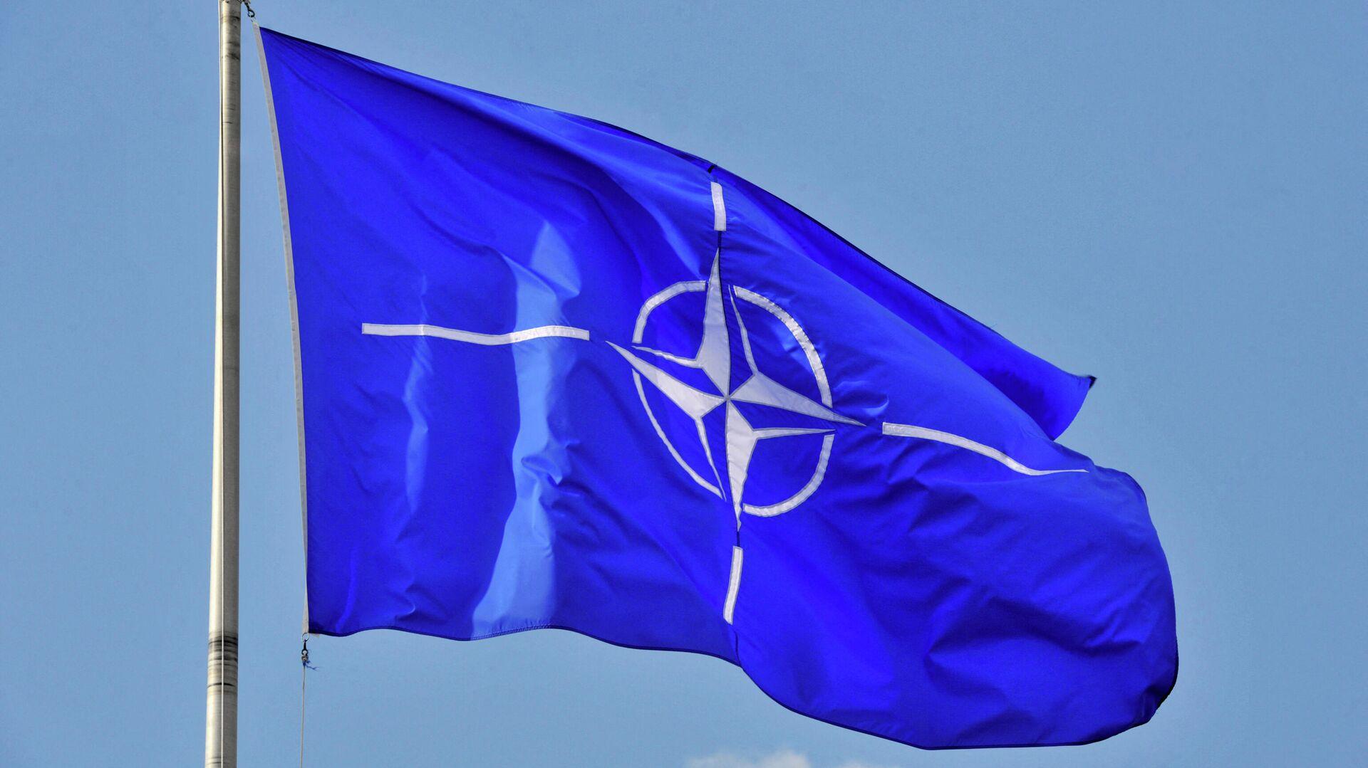 Флаг НАТО, архивное фото - Sputnik Таджикистан, 1920, 08.04.2021