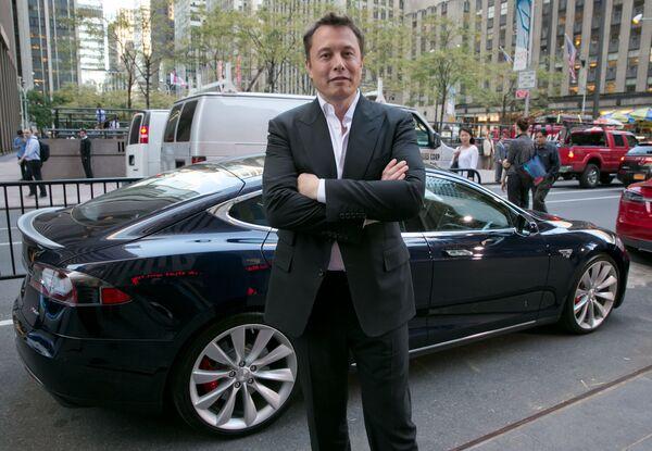 Муассиси миллиардери SpaceX ва роҳбари  CEO Tesla Motors Илон Маск  - Sputnik Тоҷикистон