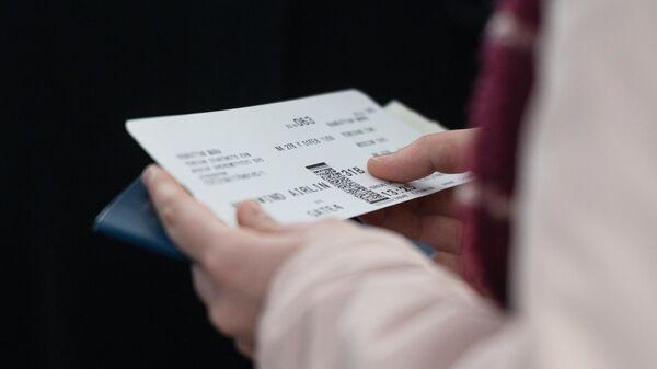Билет на самолет - Sputnik Тоҷикистон