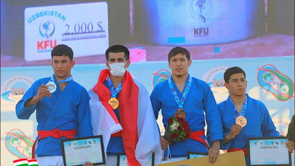 Мухаммадризо Кувватов - победитель международного конкурса Кураш - Sputnik Таджикистан