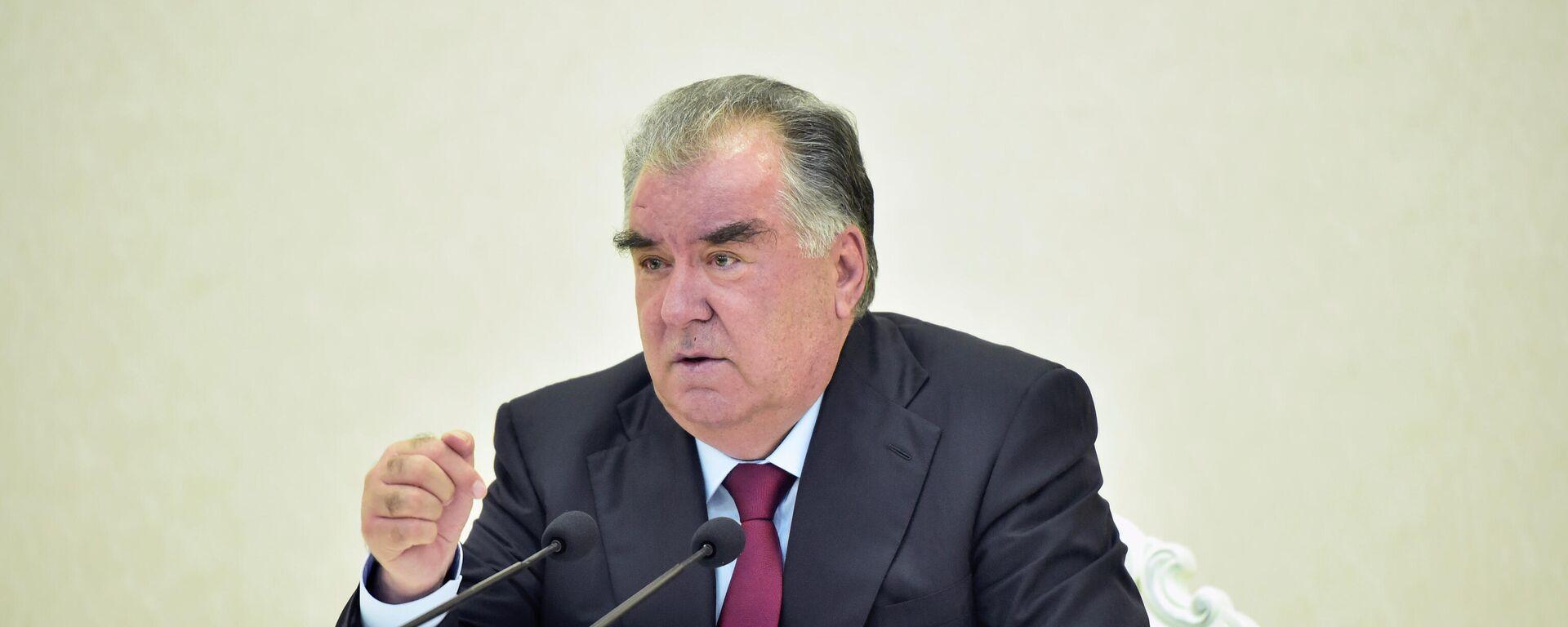 Эмомали Рахмон, Президент Таджикистана - Sputnik Таджикистан, 1920, 25.08.2021