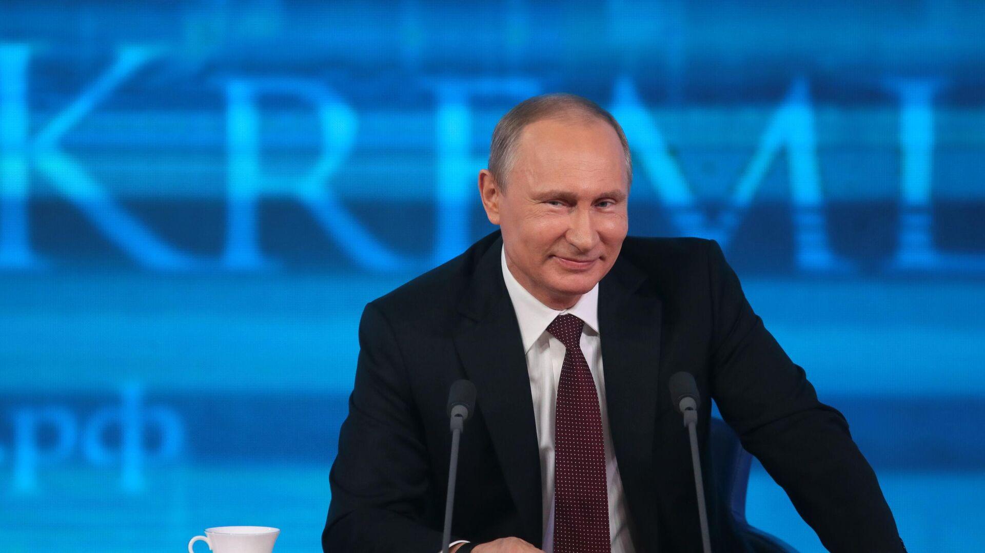 Президент России Владимир Путин - Sputnik Таджикистан, 1920, 17.09.2021