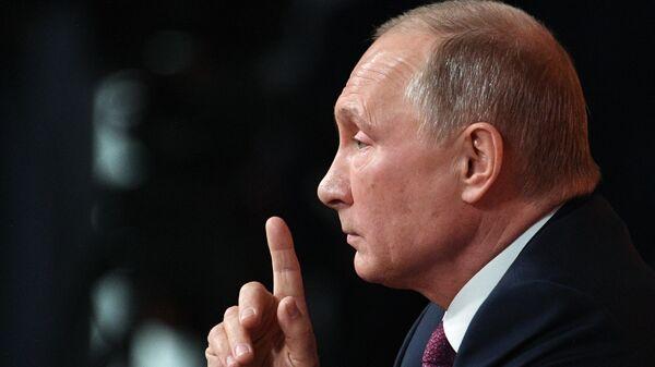 Президент РФ Владимир Путин , архивное фото - Sputnik Тоҷикистон