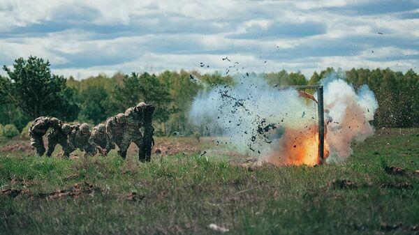 Американские солдаты во время совместных учений войск НАТО в Польше  - Sputnik Таджикистан