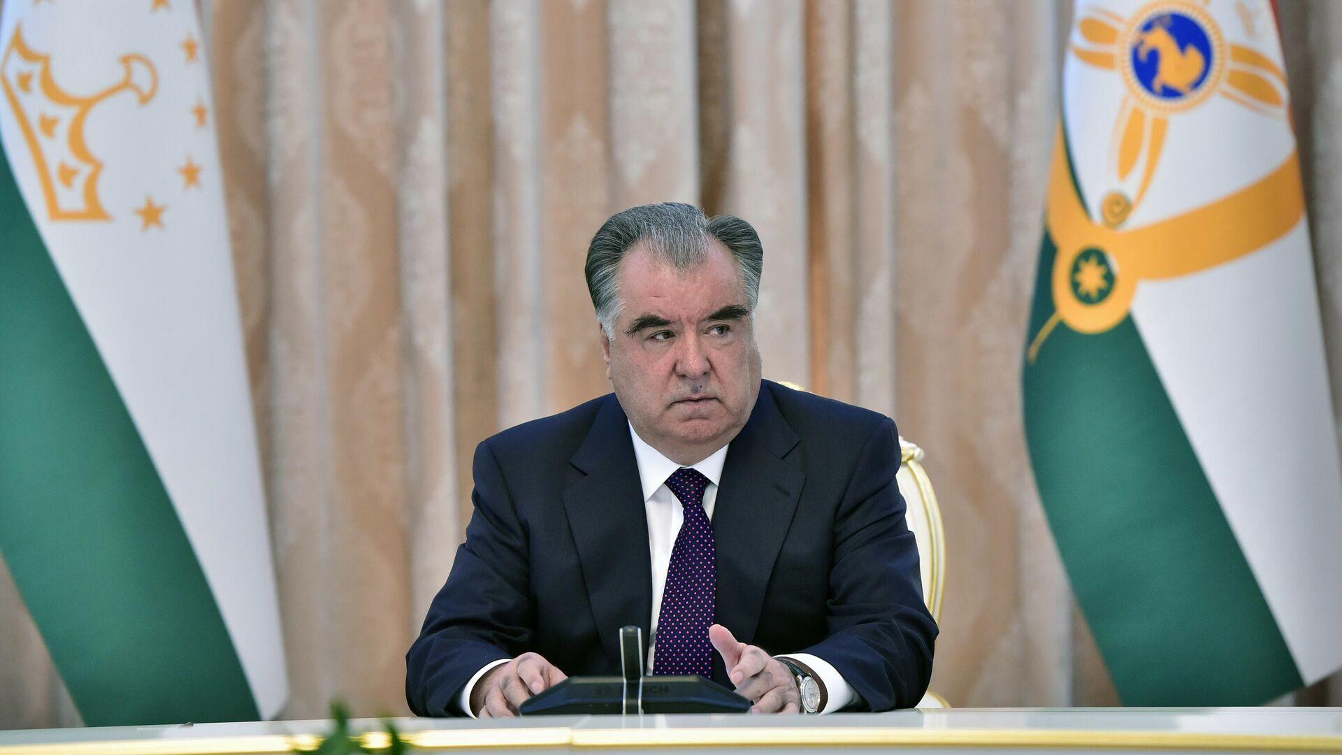 Президент Республики Таджикистан Эмомали Рахмон - Sputnik Таджикистан, 1920, 27.07.2021