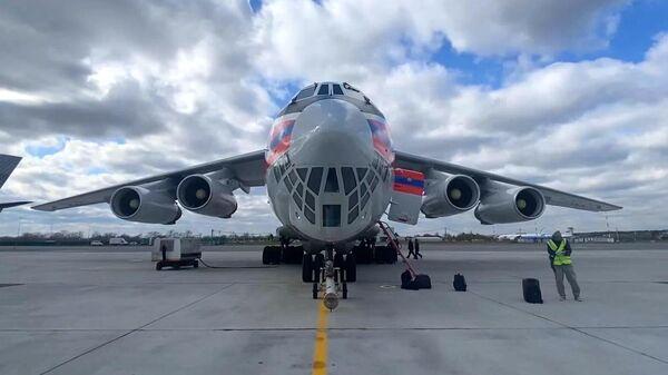 Экстренная гуманитарная помощь МЧС России для борьбы с пандемией COVID-19 в Индии - Sputnik Тоҷикистон