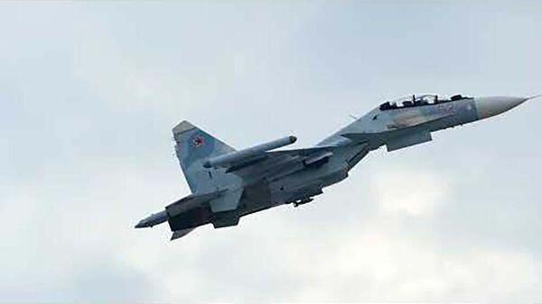 Сдача зачета летчиками истребительной авиации ЗВО для заступления на боевое дежурство - Sputnik Таджикистан