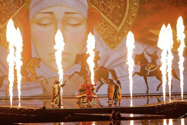 На сцене в Роттердаме сплелись огонь, кони и люди - Sputnik Таджикистан