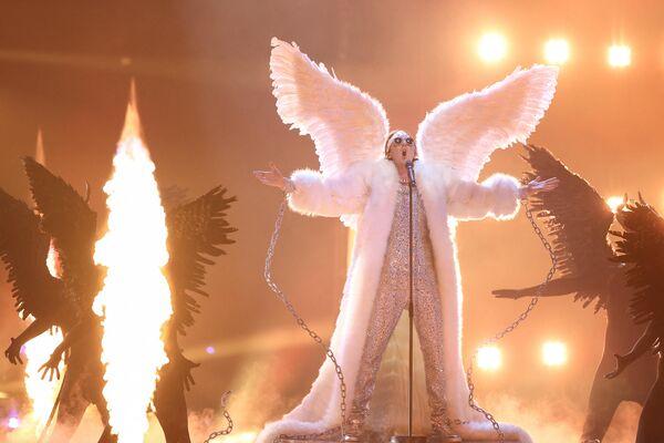 А вот безоговорочным лидером стал представитель Норвегии, устроивший на сцене настоящий перформанс с ангелами и демонами - Sputnik Таджикистан