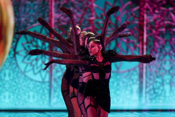 Азербайджанка Самира Эфенди обратилась в песне к известнейшей уроженке Индии - Мата Хари - Sputnik Таджикистан