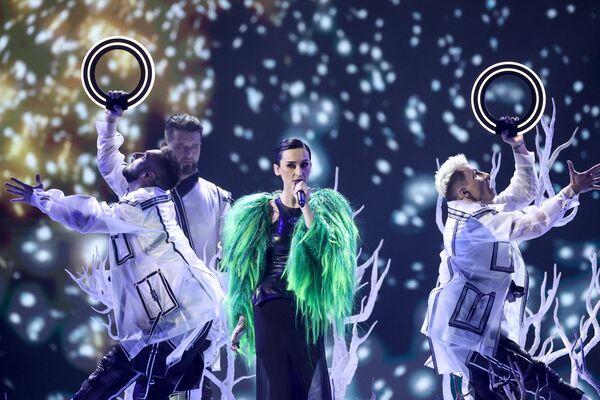 """Украинская группа Go_A показала, как нужно """"взрывать"""" танцпол, устроив славянскую дискотеку - Sputnik Таджикистан"""