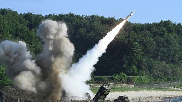 Американский оперативно-тактический ракетный комплекс MGM-140 - Sputnik Тоҷикистон