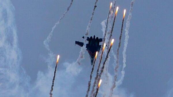 Истребители Су-35С, архивное фото - Sputnik Таджикистан