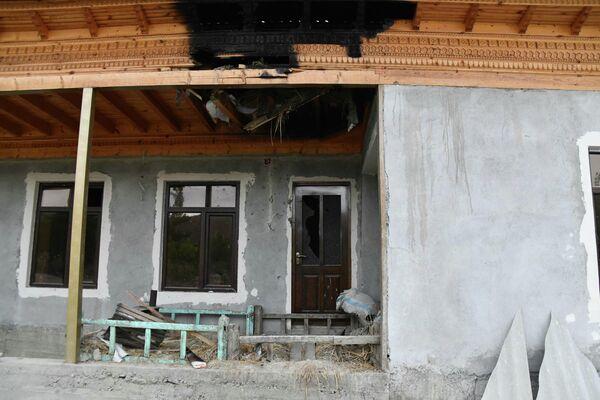 Последствия столкновений между Таджикистаном и Кыргызстаном постепенно ликвидируют своими силами - Sputnik Таджикистан