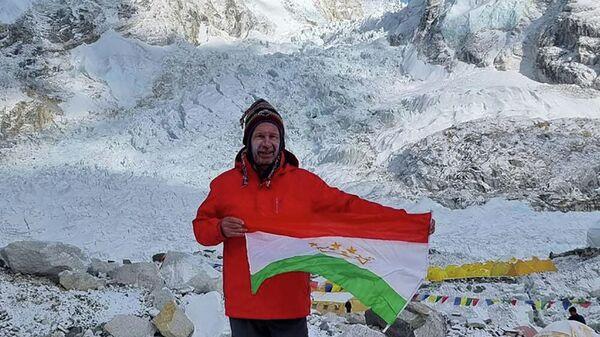 Альпинист Виталий Хинензон - Sputnik Таджикистан