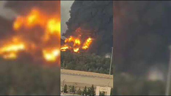 Пожар в Тегеране на нефтеперерабатывающем заводе  - Sputnik Таджикистан