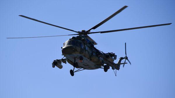 Вертолет Ми-8, архивное фото - Sputnik Тоҷикистон