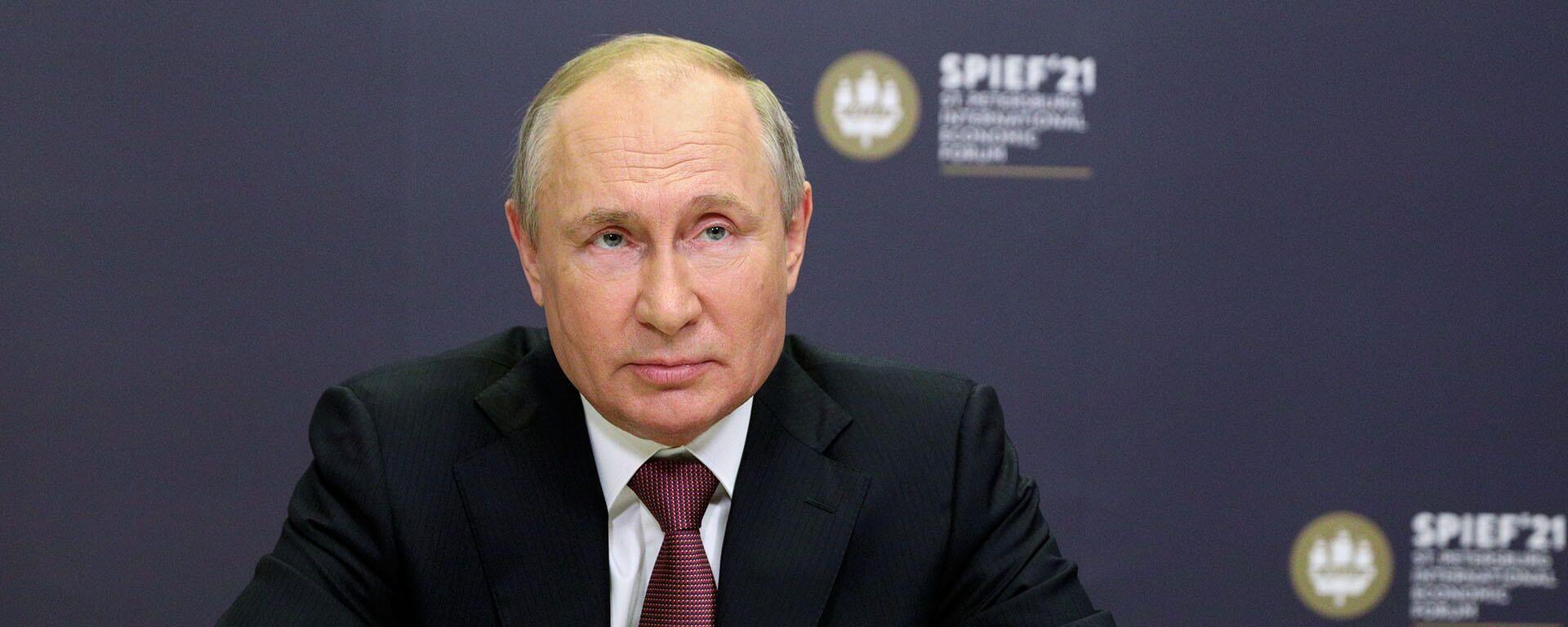 Путин о преследовании российских журналистов за рубежом - Sputnik Таджикистан, 1920, 08.06.2021