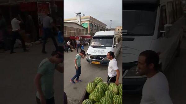 В Исфаре ураганный ветер - Sputnik Таджикистан