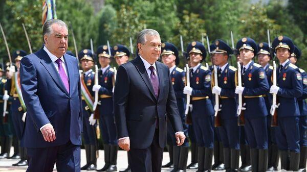 Президент Республики Узбекистан Шавкат Мирзиёев прибыл с официальным визитом в Республику Таджикистан - Sputnik Тоҷикистон