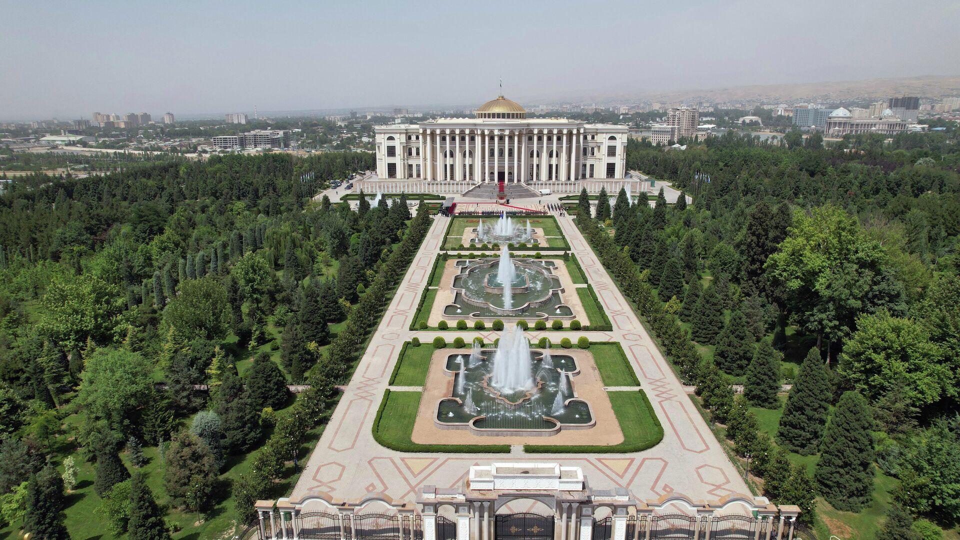 Дворец Нации в Душанбе - Sputnik Тоҷикистон, 1920, 20.09.2021