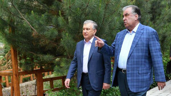 Эмомали Рахмон и Шавкат Мирзиеев - Sputnik Таджикистан