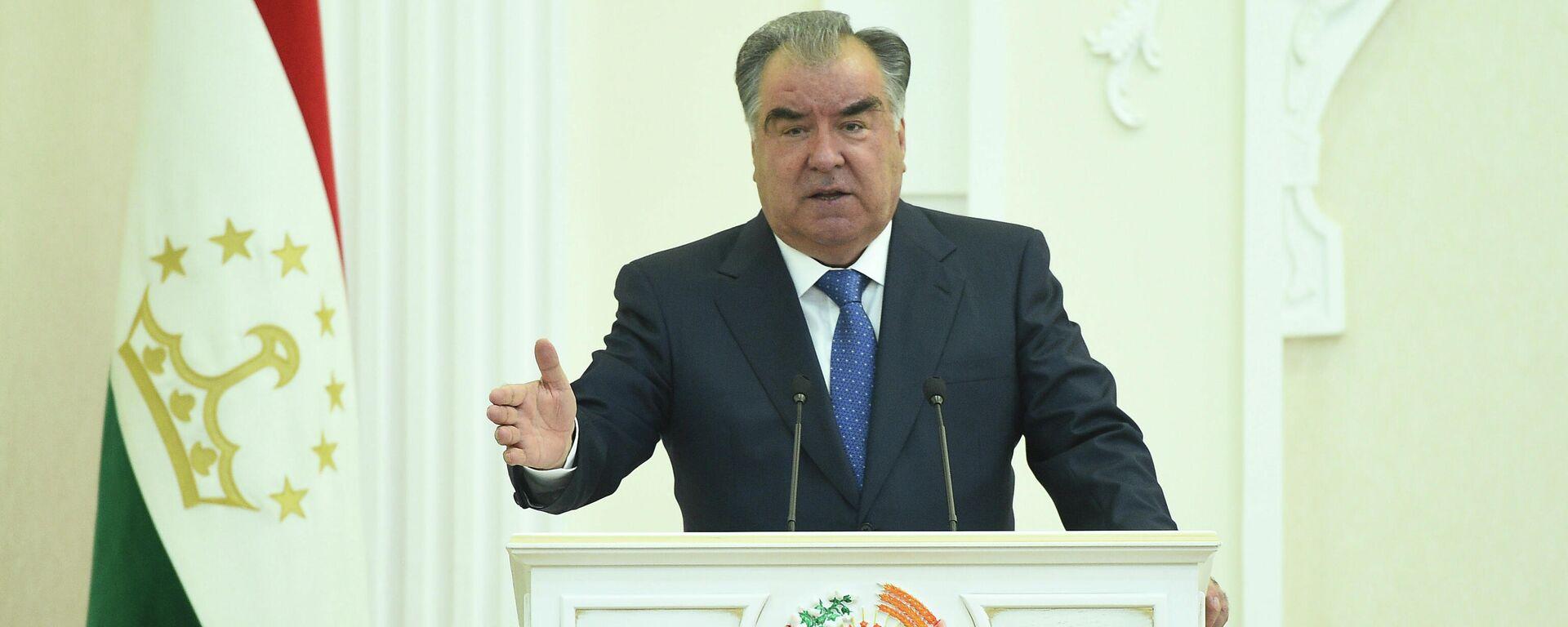 Президент Таджикистана Эмомали Рахмон - Sputnik Тоҷикистон, 1920, 05.07.2021