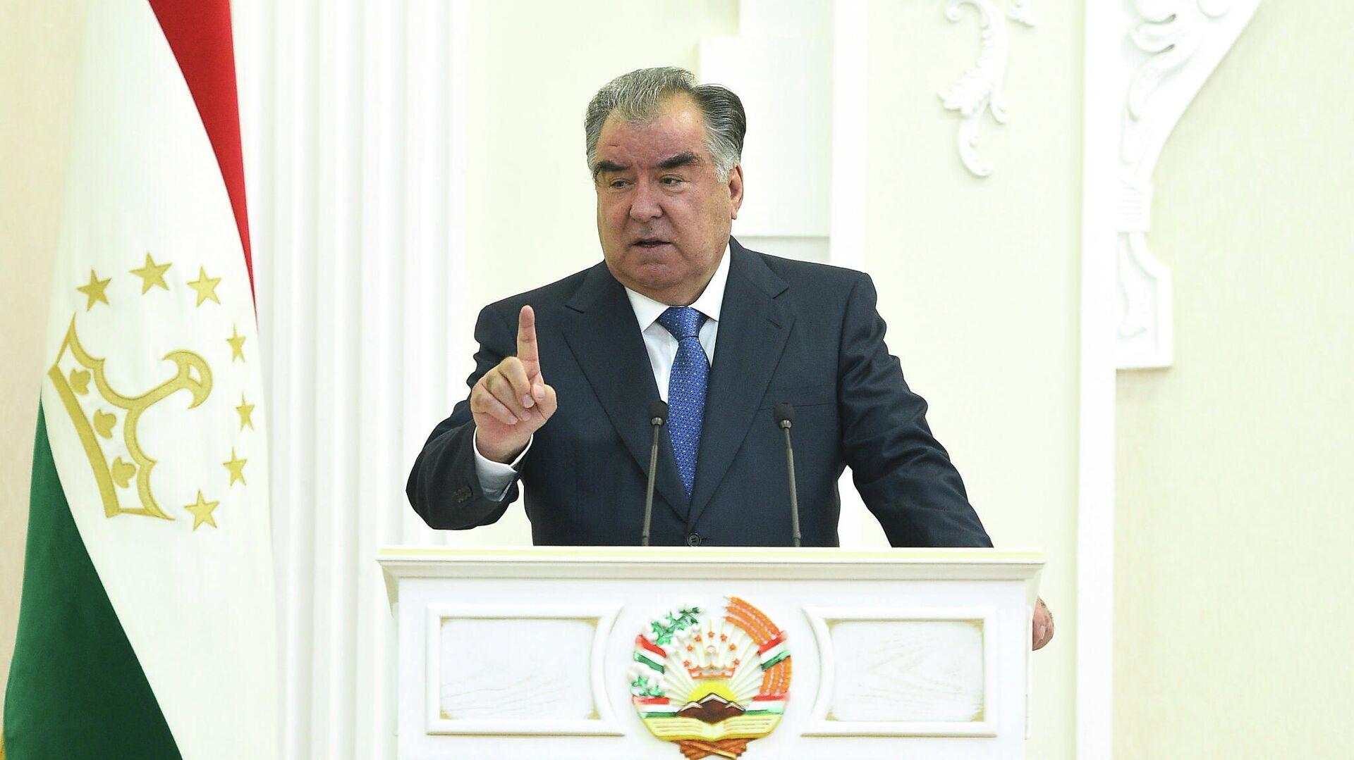 Президент Таджикистана Эмомали Рахмон - Sputnik Таджикистан, 1920, 16.09.2021