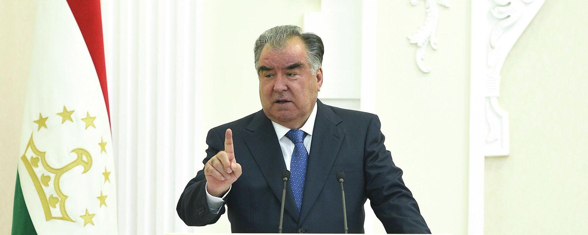 Президент Таджикистана Эмомали Рахмон - Sputnik Тоҷикистон, 1920, 24.09.2021