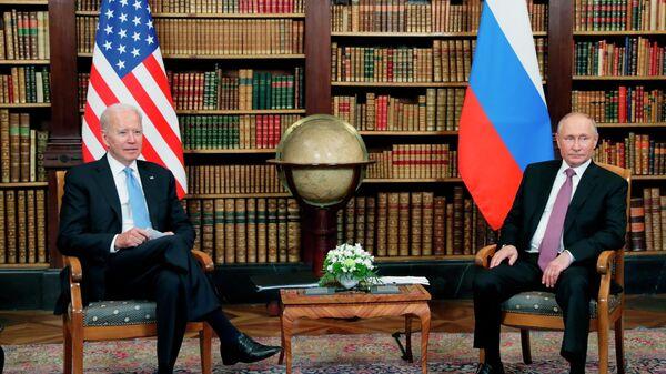 Встреча президентов России и США В. Путина и Дж. Байдена в Женеве - Sputnik Таджикистан