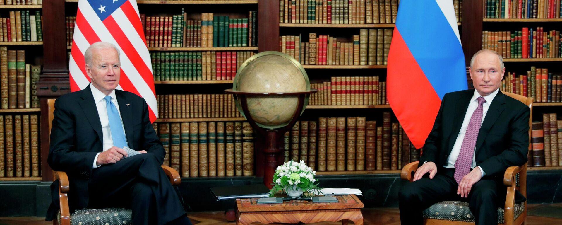 Встреча президентов России и США В. Путина и Дж. Байдена в Женеве - Sputnik Таджикистан, 1920, 17.07.2021