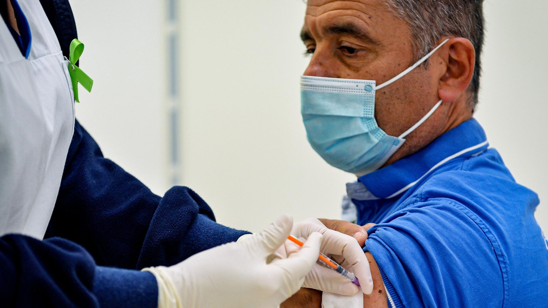 В Сан-Марино открылся прививочный туризм для желающих вакцинироваться Спутником V - Sputnik Таджикистан, 1920, 18.06.2021