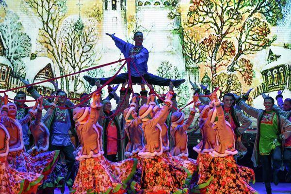 Церемония открытия Дней русской культуры в Таджикистане состоялась в Театре оперы и балета имени Айни в Душанбе. - Sputnik Таджикистан