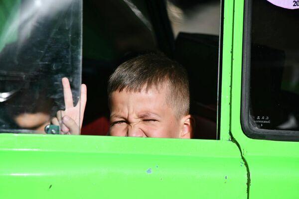 Фестиваль ретроавтомобилей в Душанбе принес море удовольствия жителям столицы. - Sputnik Таджикистан