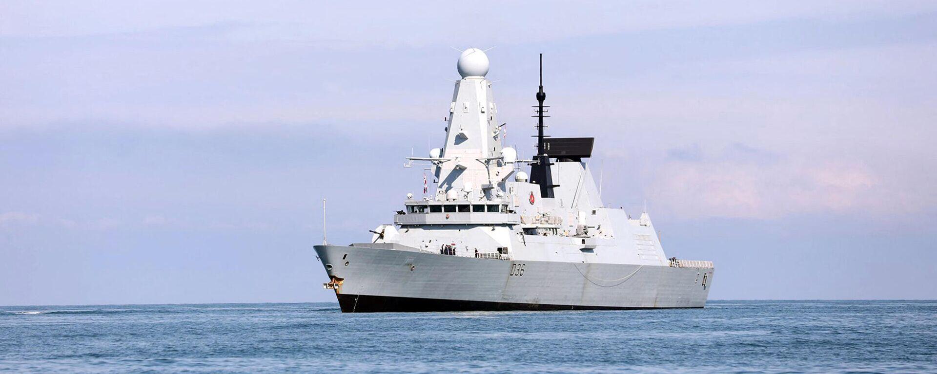 Эсминец Defender ВМС Великобритании - Sputnik Таджикистан, 1920, 03.07.2021