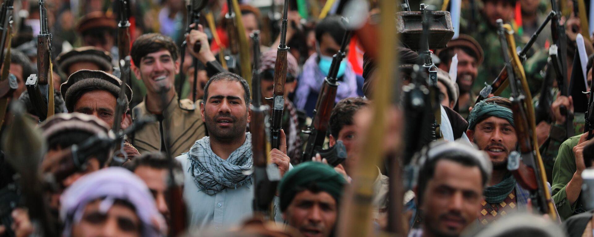 Афганские ополченцы присоединяются к силам обороны Афганистана в Кабуле - Sputnik Таджикистан, 1920, 05.07.2021