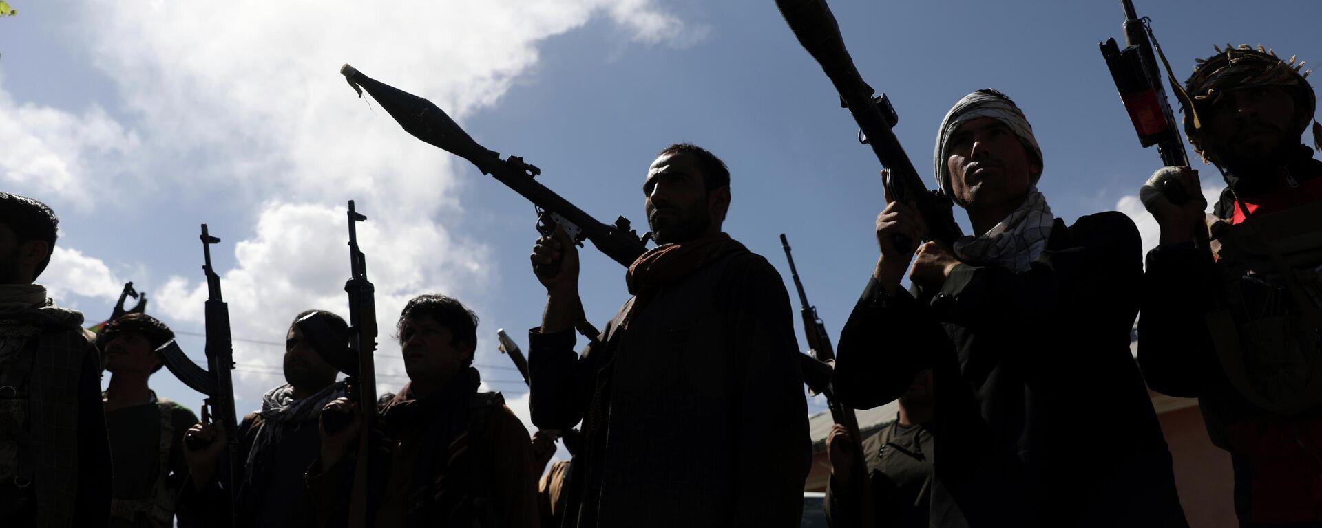 Афганские ополченцы присоединяются к силам обороны Афганистана в Кабуле - Sputnik Таджикистан, 1920, 16.08.2021