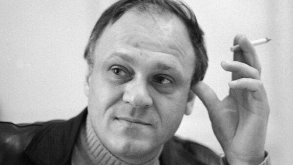 Кинорежиссер, актер и сценарист, лауреат премии имени Крупской, лауреат Государственной премии СССР Владимир Меньшов - Sputnik Таджикистан