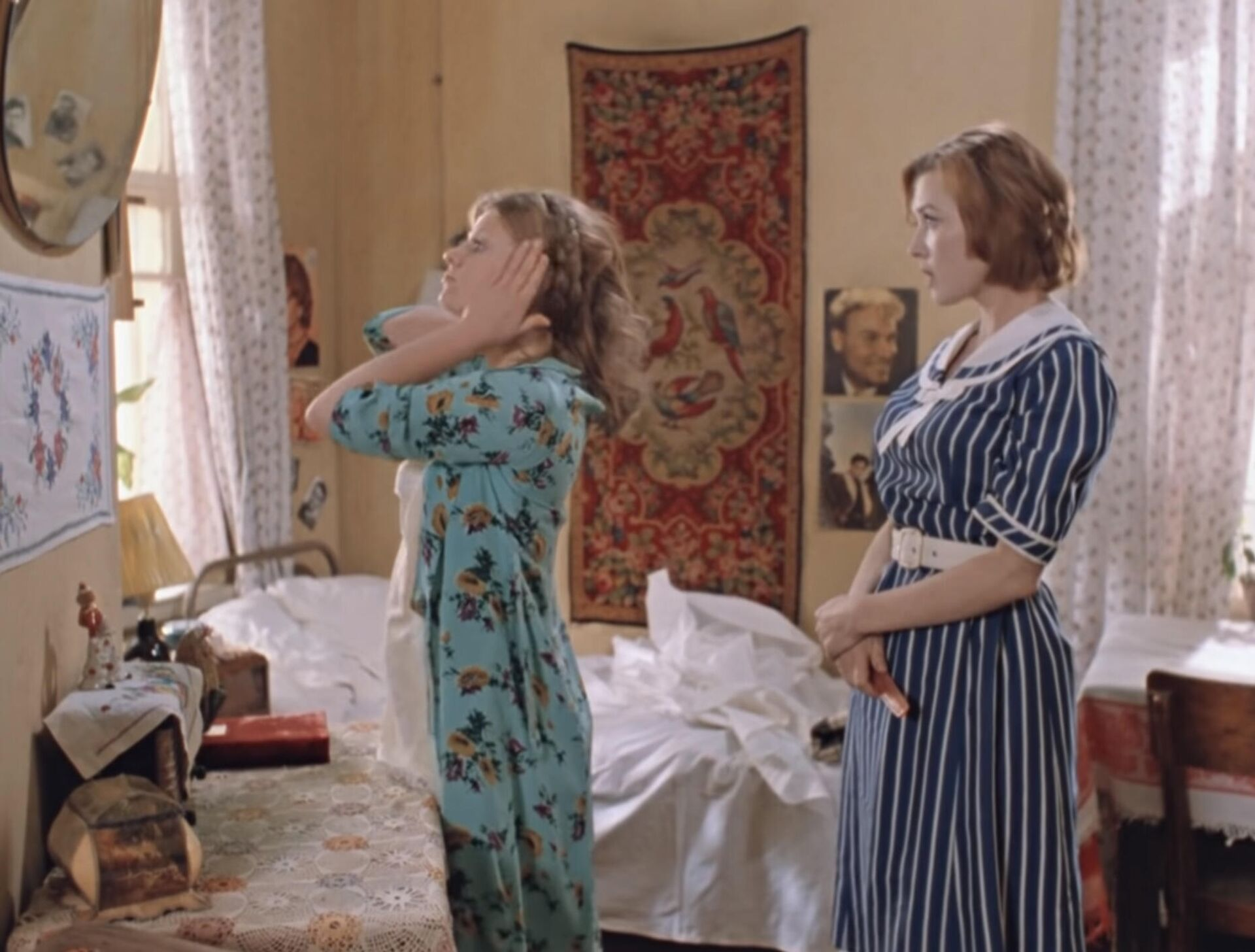 Кадр из фильма Москва слезам не верит - Sputnik Таджикистан, 1920, 05.07.2021