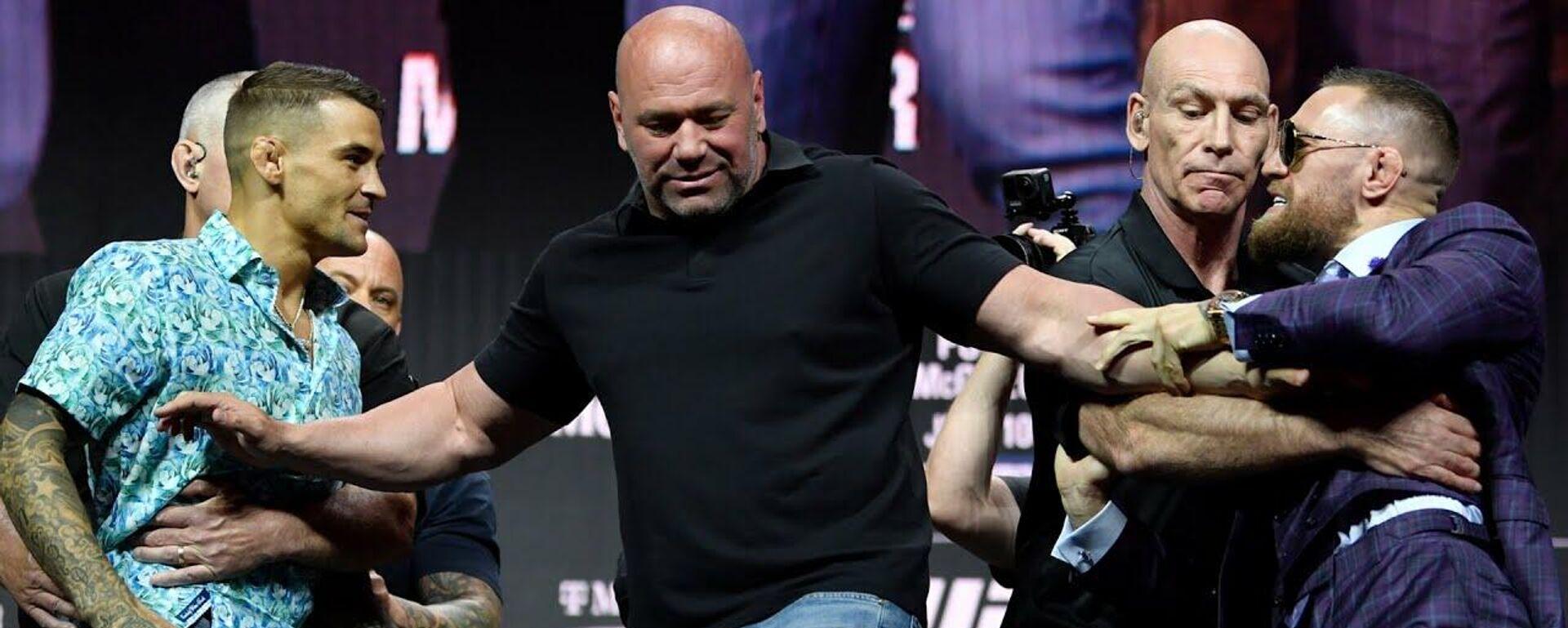 UFC 264: основные моменты предбоевой пресс-конференции - Sputnik Таджикистан, 1920, 09.07.2021