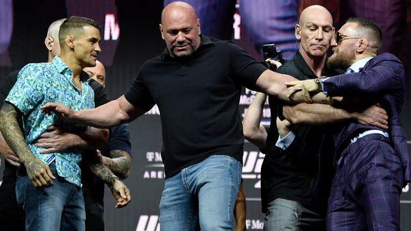 UFC 264: основные моменты предбоевой пресс-конференции - Sputnik Таджикистан
