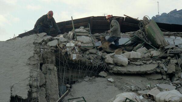 Землетрясение - Sputnik Таджикистан